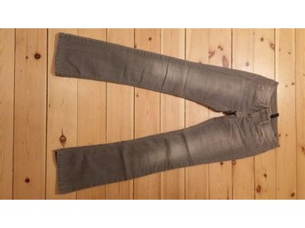 united colors of benetton jeans W25 ny skick