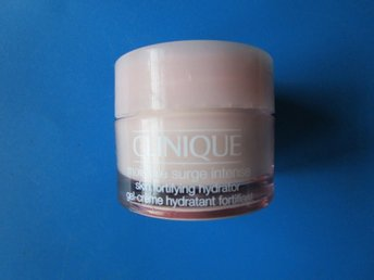 Ny oöppnad CLINIQUE moisture surge intense skin fortifying hydrator 15ml