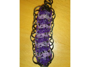 Charm av Rainbow Loom band