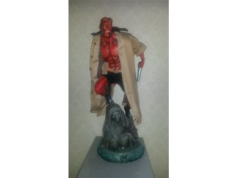 Hellboy Premium Format - Sideshow Collectibles - Exclusive