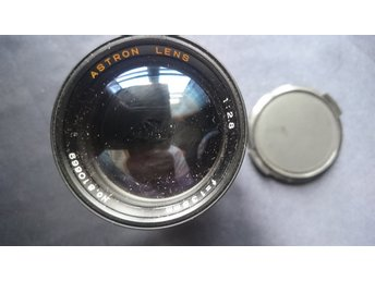 Astron Lens  1:2,8   f=135 mm  no. 810669