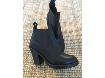 Acne boots Star Black stl 39