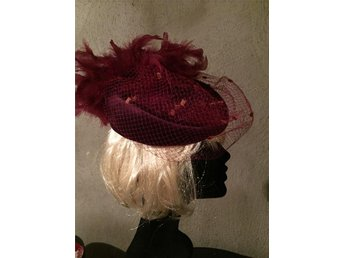 Hat/Fascinator for Parties or Weddings/ Hårdekoration med flor