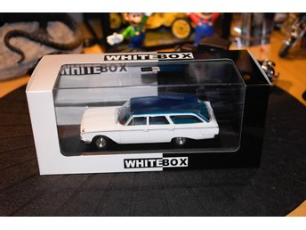 Ford Rach Wagon  1960(1:43) whitebox