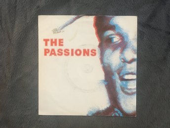 "The passions - Hunted Singel 7"" - Postpunk / depprock från bolaget Fiction recor"