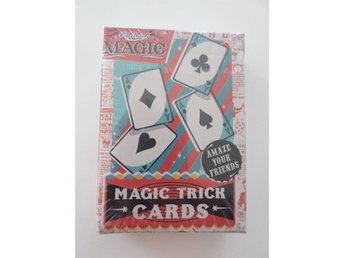 MAGIC TRICK CARDS. TROLLERIKORT. OÖPPNAT. TROLLA MED KORT.