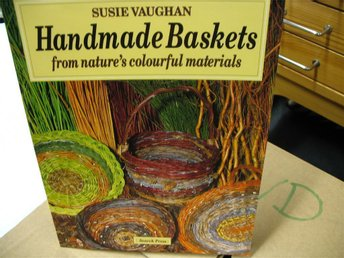 Vaughan:Handmade baskets from nature´s materials