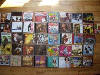 Cd paket. Cd samling. 40 cd. Rea cd - Simrishamn - Cd paket. Cd samling. 40 cd. Rea cd - Simrishamn