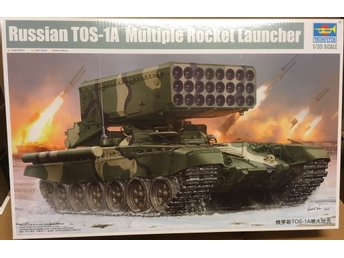 RUSSIAN TOS-1A MULTIPLE ROCKET LAUNCHER    TRUMPETER 1/35 Byggsats