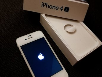 iPhone 4S - vit - 16GB - bra skick, men wifi ur funktion