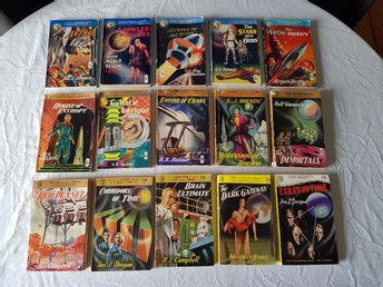 Lot 15 st Science Fiction pockets Panther Books mest 50-tal