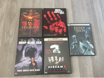 Javascript är inaktiverat. - Ludvika - 5 st skräckfilmer i nyskick säljes samtliga är reg1 och ntsc (kräver en regionsfri spelare). 1. stigmata 2. House on the haunted hill 3. Freddy vs Jason 4. Deep blue sea 5. Scream 3 Fler filmpaket kommer inom kort - Ludvika