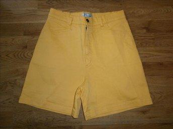 shorts,gula shorts, st 40 - Vänersborg - shorts,gula shorts, st 40 - Vänersborg