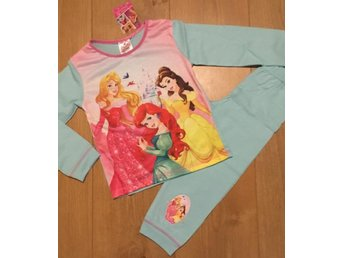 ~Nytt ~ Disney Princess Pyjamas Stl 2-3 år ~ London UK~