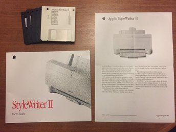 Apple StyleWriter II disketter och manual Macintosh Steven Jobs retro skrivare
