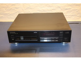 Pioneer 6 Disc Muti-play CD-spelare.