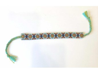 Narrow Bracelet (Minab Needle crafts)