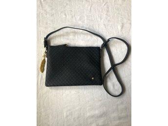 Edblad väska med nyckelring, helt ny (418780925) ᐈ Köp på
