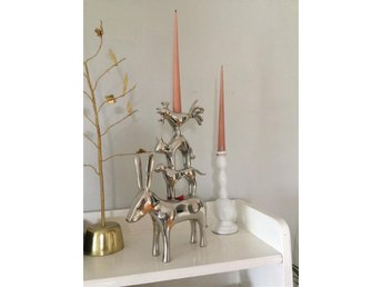 Four animal candlestand