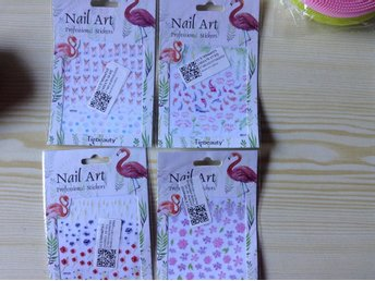 4 st. -Nail Art . Nail Stickers / Nageldekoration.