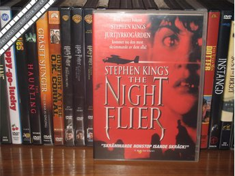 NIGHT FLIER (Stephen King) - Miguel Ferrer *UTGÅNGEN DVD* - Svensk text - åmål - NIGHT FLIER (Stephen King) - Miguel Ferrer *UTGÅNGEN DVD* - Svensk text - åmål