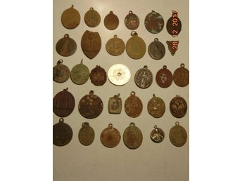 COLLECTION OF VERY OLD MEDALICERS 30 pieces