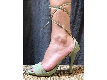 Nya gröna sandaletter lace up 38 fest party - Strängnäs - Nya gröna sandaletter lace up 38 fest party - Strängnäs