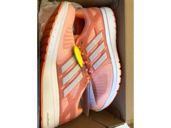 Nya Adidas skor cloud Boozt sneakers (359014306) ᐈ Köp på