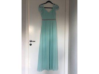 52ed0fe07b78 Nelly Kläder ᐈ Köp Kläder online på Tradera • 842 annonser