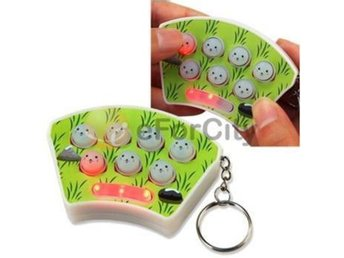 NY! Mini Whack It Whack-A-Mouse Gopher Mole Game Key Chain