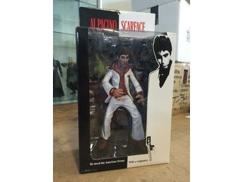 "Scarface / Tony Montana - ""The Player"" - 9 inch - Mezco - Oöppnad"