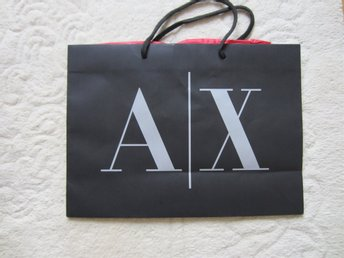 PAPPERSPÅSSE FRÅN ARMANI EXCHANGE!!!!