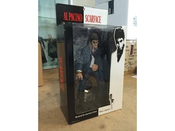 "Scarface / Tony Montana - ""The Rise"" - 9 inch - Mezco - Oöppnad"