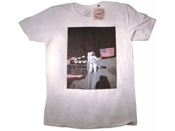 Moonwalker T-shirt Small