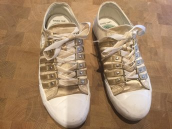 Replay  sneakers i satin guld strl 39 (24,6cm)