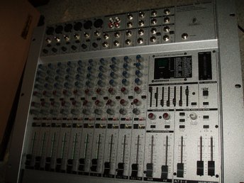 Multieffekt processor/Misic Mixer BEHRINGER-14chanels/Sound Maskin/Musik effekt