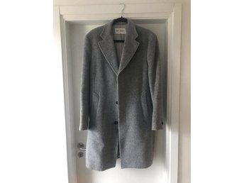 Our legacy grey over coat (SIZE 48)