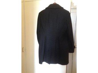 Esprit kappa i ull, svart, stl 44 - Svedala - Esprit kappa i ull, svart, stl 44 - Svedala