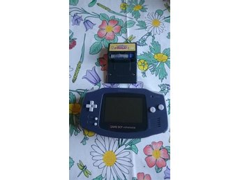 Nintendo GAME BOY Advance med POKEMON Pinball!!