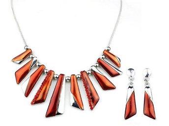 Exklusivt handgjort halsband silver rött orange - Hultsfred - Exklusivt handgjort halsband silver rött orange - Hultsfred