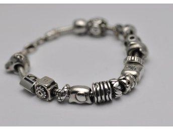 Äkta Pandora silver armband - 16 berlocker - CHARMS -18 cm - Malmö - Äkta Pandora silver armband - 16 berlocker - CHARMS -18 cm - Malmö