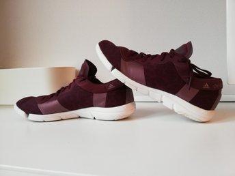 shoes,adidas,burgundy,sneakers | Burgundy sneakers, Sneakers