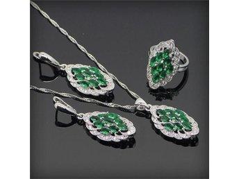 Oval Grön Emerald 925 sterling silver halsband hänge Örhängen ring 16,5mm - Helsingborg - Oval Grön Emerald 925 sterling silver halsband hänge Örhängen ring 16,5mm - Helsingborg
