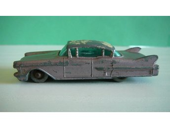 Two Tone Cadillac Sixty Special - Matchbox Lesney No. 27c