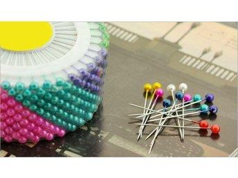 240st knappnålar 35 mm långa i olika färger - Halmstad - 240st knappnålar 35 mm långa i olika färger - Halmstad