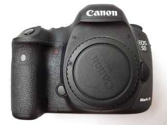 Canon EOS 5D Mark 3 MK III  22.3MP Digital SLR Camera - Black (Body Only)