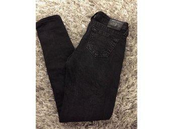 Jeans stl. 26 Midja, dam True Religion jeans 26 Nypris: 2200kr - Stockholm - Jeans stl. 26 Midja, dam True Religion jeans 26 Nypris: 2200kr - Stockholm