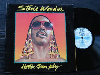STEVIE WONDER - Hotter than July (med Master Blaster) Motown -80  LP