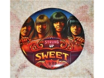 SWEET - Strung Up - STOR Badge / Pin / Knapp (Glam Rock,)