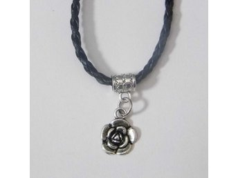 Rosa halsband / Rose necklace